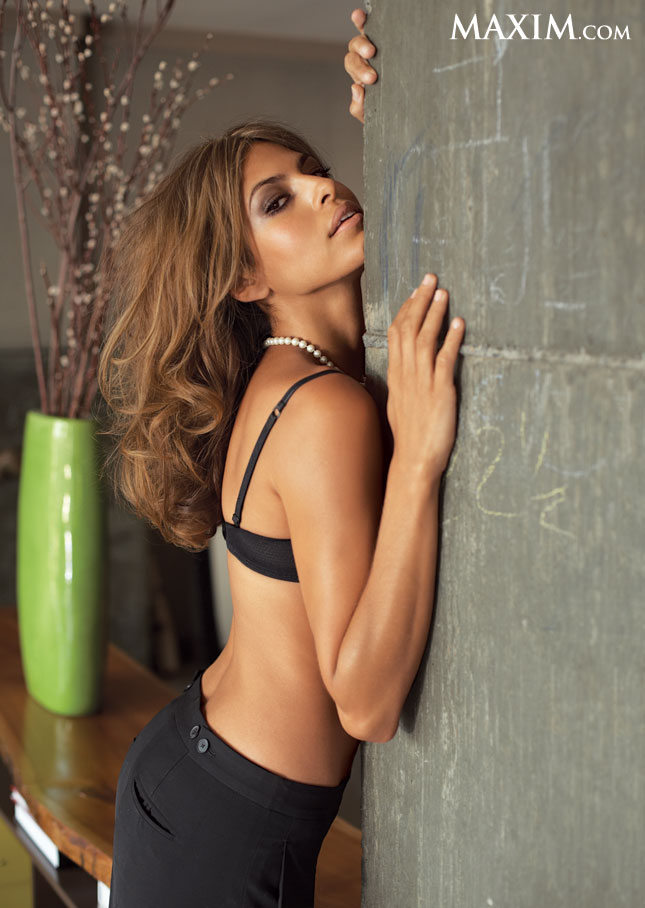 our favorite ladies that made maxim 39 s 2012 hot 100 lala vazquez anthony eva mendes dania. Black Bedroom Furniture Sets. Home Design Ideas